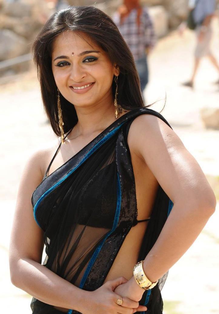 Anushka_Shetty-hot